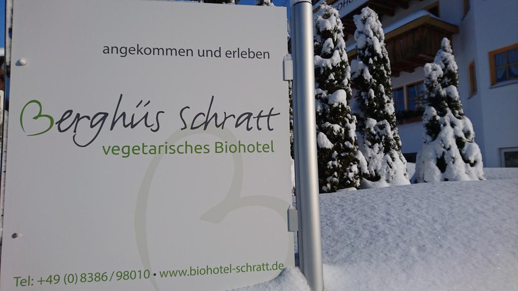 Cartel del Hotel Berghus Schratt