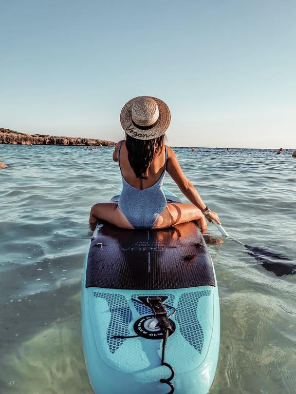 Hacer surf en Menorca