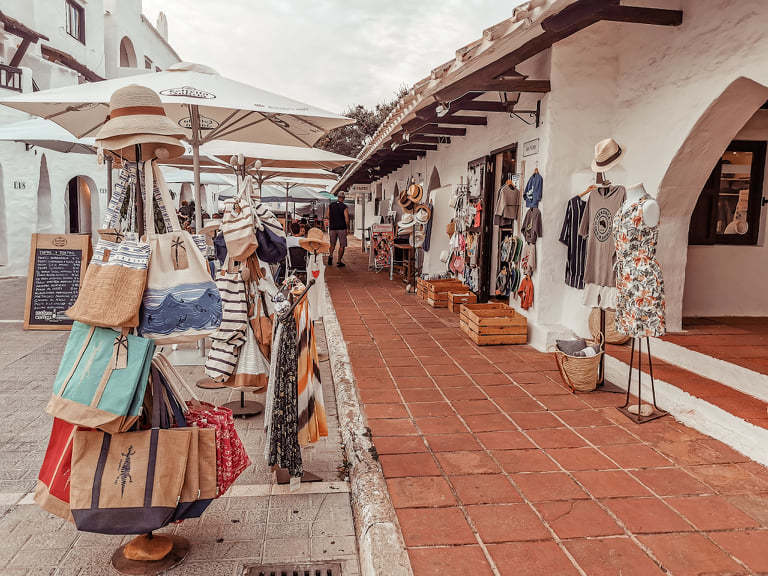 Tiendas Binibecar